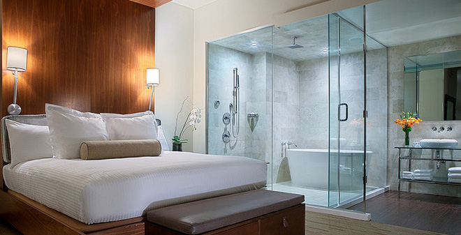 24 Ý Tưởng Thiết Kế Phòng Tắm Kính Trong Phòng Ngủ Độc Đáo và Lạ Mắt
