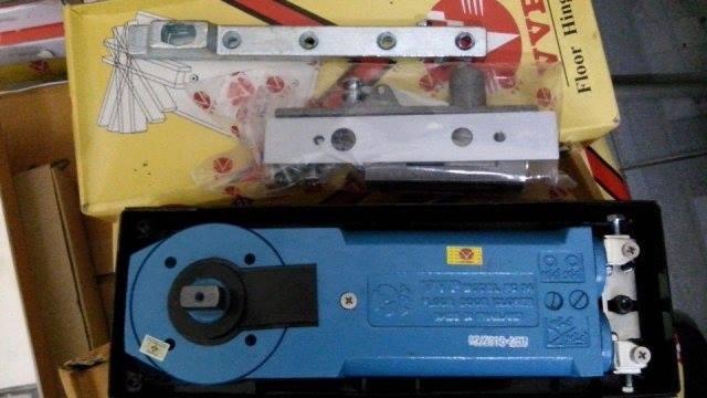 5 loại khóa kẹp cửa kính cường lực hay được sử dụng nhất hiện nay