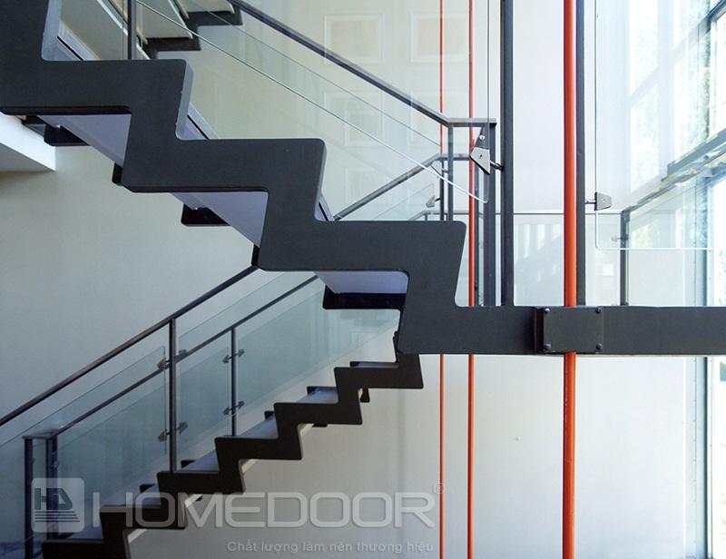 Bí quyết thiết kế mẫu lan can cầu thang kính gỗ đẹp cho nhà ống