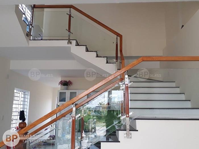 Các kiểu dáng cầu thang thông dụng? Quy trình lắp đặt chuẩn.