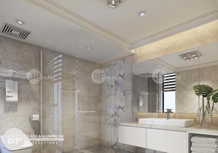 Các mẫu vách kính phòng tắm được ưa chuộng cho chung cư