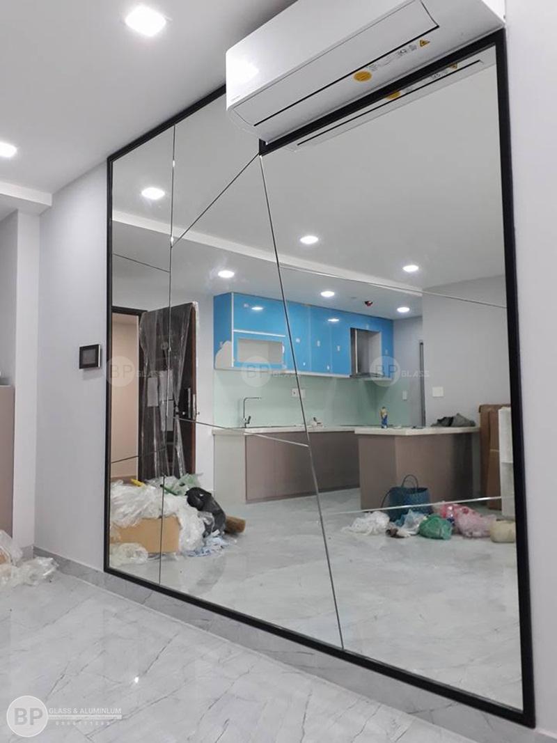 Cách lựa chọn gương trang trí phù hợp từng không gian nội thất