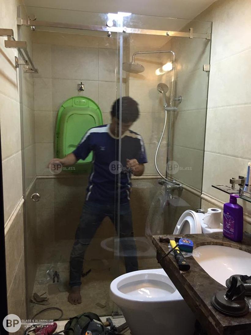 Đặc tính ưu việt của vách kính nhà tắm cao cấp