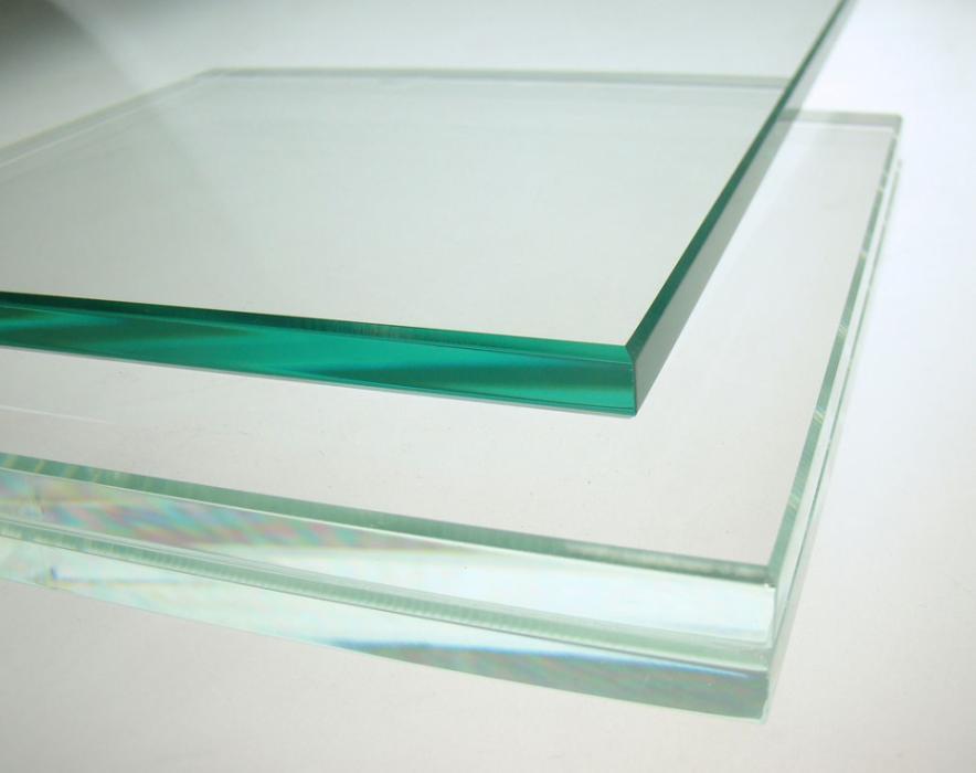 Độ dày cửa kính cường lực tiêu chuẩn dày bao ly?
