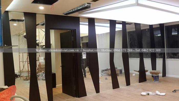 Gương ghép dán tường Anh Biên Quận 1 TP HCM