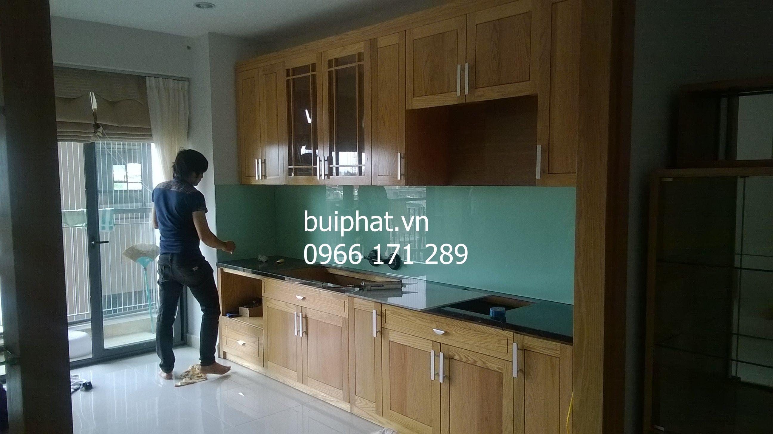 Kính ốp bếp/ thi công kính ốp bếp nhà anh Tùng Linh Đàm
