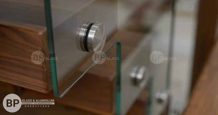 Nguyên tắc thiết kế, bố trí cầu thang bằng kính hợp phong thủy