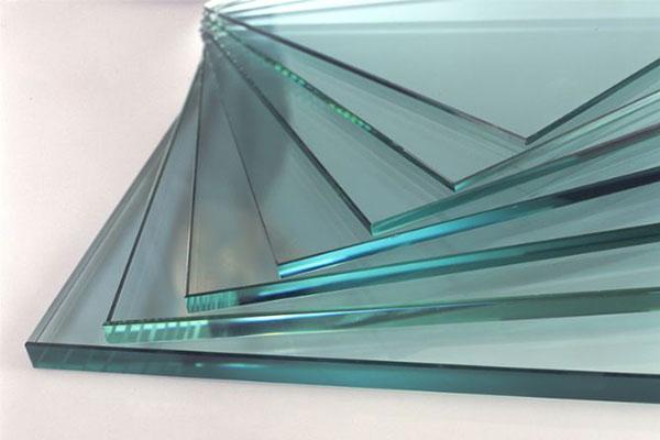 Những mẫu thiết kế  kính cường lực giúp ngôi nhà trở lên thoáng hơn