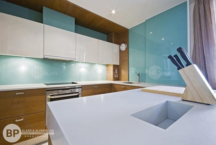 Tìm hiểu sơn kính màu ốp bếp, Quy trình sơn kính ra sao?