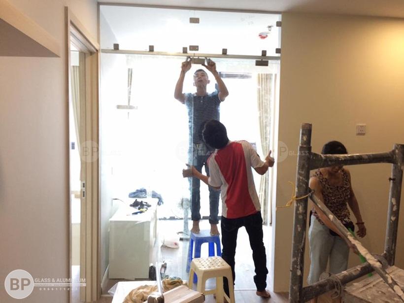 Tìm hiểu tiêu chuẩn kỹ thuật khi làm cửa kính lùa