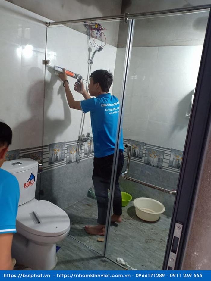 Tư Vấn Chọn Mua Phòng Tắm Kính An Toàn Chăc Chắn Và Chống Bán Bẩn