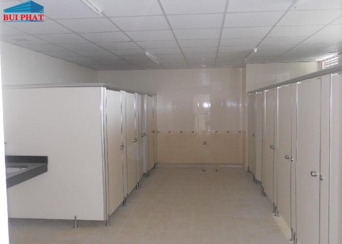 Trần nhôm nhà vệ sinh
