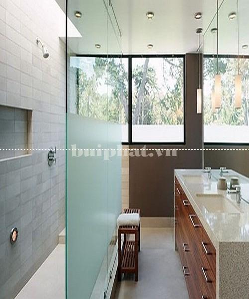 Vách ngăn kính phòng tắm