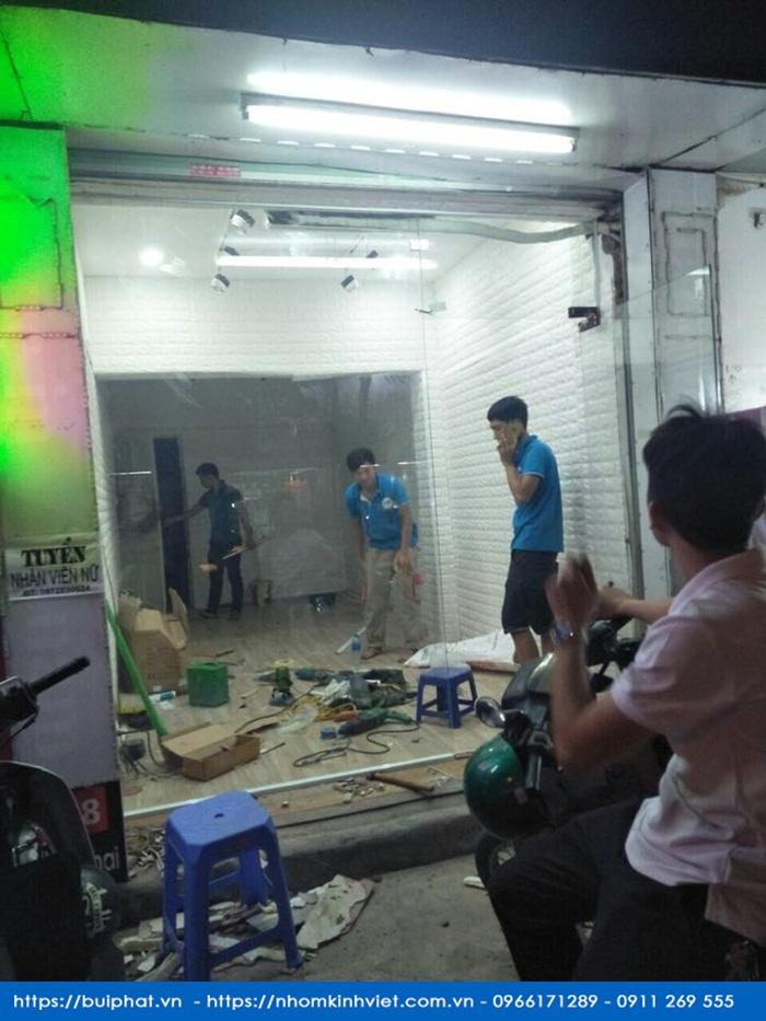 Bo cua thuy luc 1 canh chi Ngoc 198 Minh Khai 3