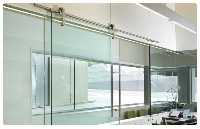 Kết quả hình ảnh cho Cơ sở sản xuất cửa lùa nhôm kính đẹp