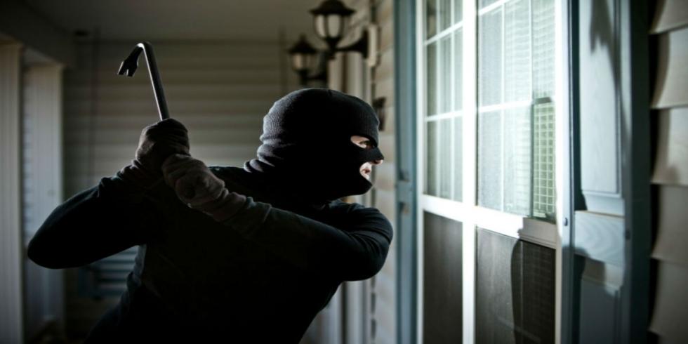 Bạn có thể hoàn toàn yên tâm không sợ trộm đột nhập bằng cách phá kính