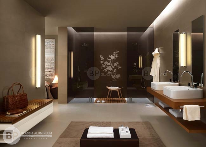 Tìm hiểu điểm mạnh của kính cường lực nhà tắm?