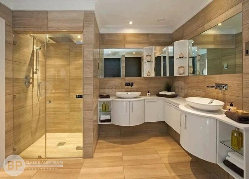 Cabin tắm bằng kính cường lực an toàn