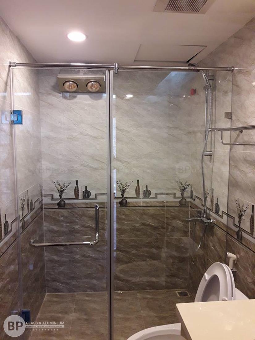 Sử dụng vách tắm kính cường lực cho khách sạn hạng sang