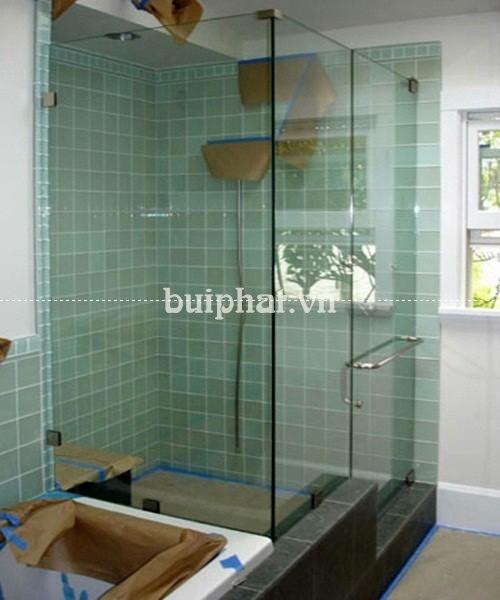 Tổng quan và kiểu dáng Phòng tắm kính vuông cửa mở quay