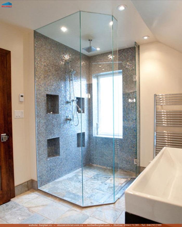vách tắm kính hiện đại